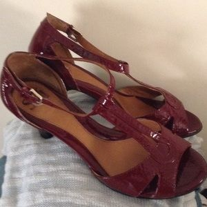 Beautiful patent red sandals by Sofft size 9
